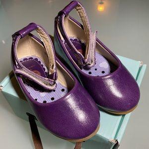 Twinkie purple shoes BNIB size 5 toddler